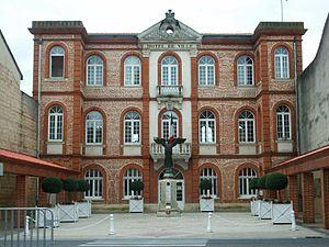 Saverdun - Town hall