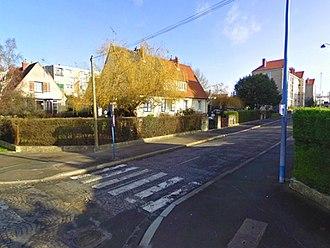 Dugny - Image: Maisons & immeubles dugny