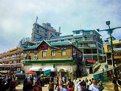 Mall Road Murree.jpg