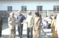 Mandela presents Clinton with quarried rock 01.png
