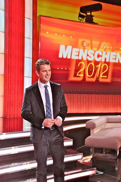 File:Markus Lanz bei Menschen 2012.jpg