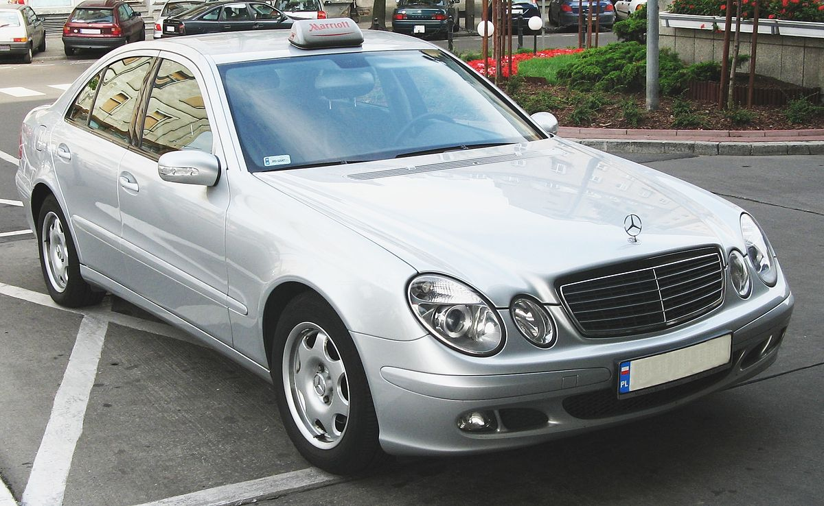 mercedes benz w 211 wikimedia commons