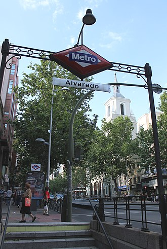 Alvarado (Madrid Metro) - Image: Metro de Madrid Alvarado 01