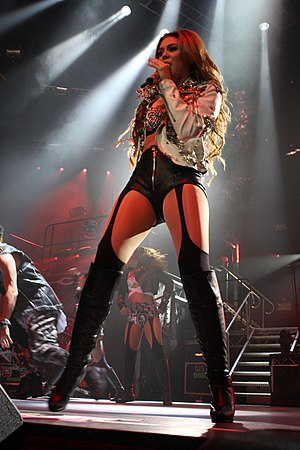 Gypsy Heart Tour - Cyrus performing in Sydney