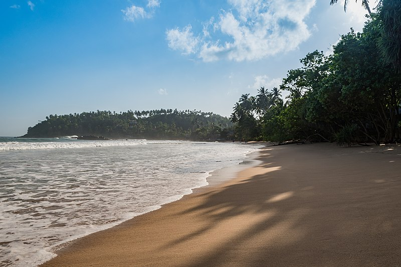File:Mirissa beach Sri Lanka (29959458812).jpg