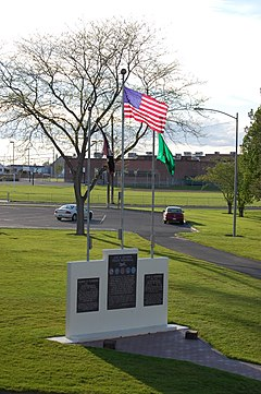 Moses Lake War Memorial.jpg