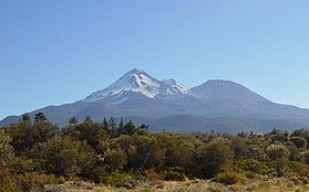 Mt Shasta from the northwest-750px.JPG