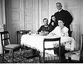 Narcyz Witczak-Witaczyński - Ksiądz Marian Tokarzewski i nierozpoznana rodzina (107-17-2).jpg