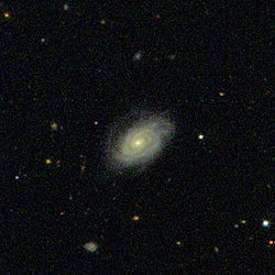 Sloan Digitalised Sky Survey image of NGC 7840, spanning 2.4' by 2.4'.