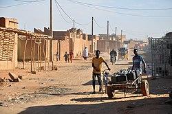 Niger, Arlit (18), street scene.jpg