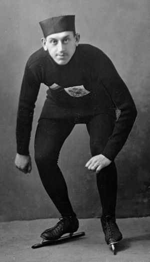 Nikita Naidenov - Naidenov at the 1913 World Championships