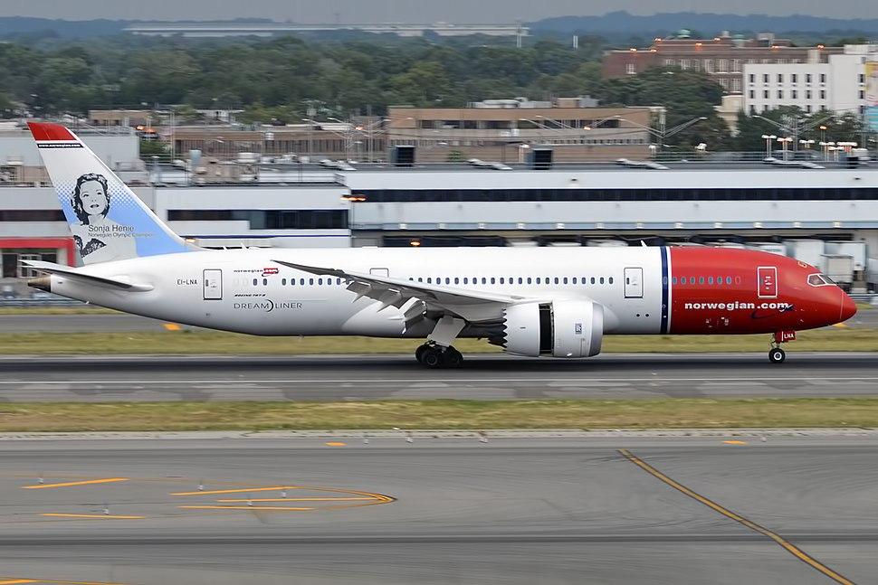 Norwegian Long Haul, EI-LNA, Boeing 787-8 Dreamliner (19994230519)