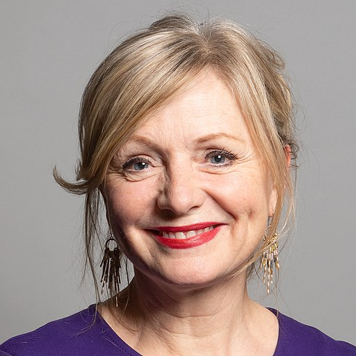 Official portrait of Tracy Brabin MP crop 3