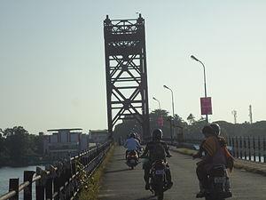 Mattancherry Bridge - Old mattancherry bridge at vembanadu kayal