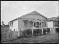 One-storied wooden house in Whangarei, 1923. ATLIB 293668.png