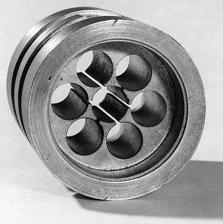 The anode block which is part of the cavity magnetron developed by Randall and Boot Original cavity magnetron, 1940 (9663811280).jpg