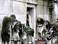 Père-Lachaise - Monument aux morts avant restauration 07.jpg