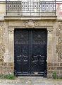P1260933 Paris XVIII place Dalida maison detail rwk.jpg