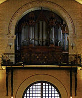P1280357 Paris XII eglise St-Antoine 15-20 orgue rwk.jpg
