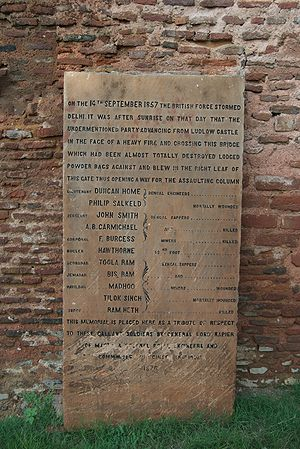 Kashmiri Gate, Delhi - Plaque at Kashmiri Gate, commemorating the September 14, 1857 attack on it by British Army during Indian Rebellion of 1857