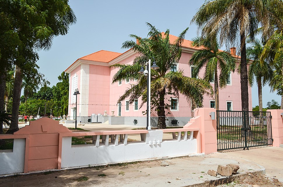 Palácio da República (fundos)