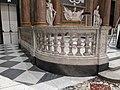 Palazzo Ducale salone maggior consiglio - balaustra con colonne - foto 3.jpg
