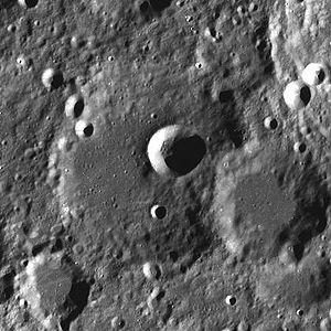 Paraskevopoulos (crater) - Image: Paraskevopoulos LROC