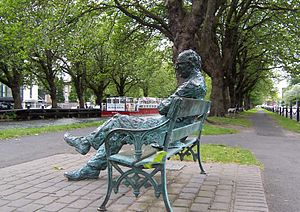 essay on the poetry of patrick kavanagh