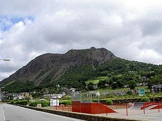 Llanfairfechan - Image: Penmaenmawr mountain geograph.org.uk 486864