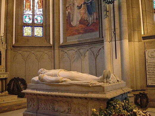 Tomb of Pedro II and Teresa Cristina within the Cathedral of Petrópolis, Brazil Petropolis-Cathedral4.jpg