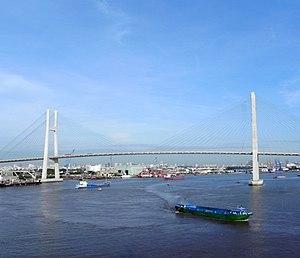 Phú Mỹ Bridge - Image: Phu My Bruecke 2