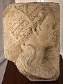 Pietro lombardo, busto di donna anticheggiante di profilo.jpg