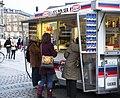 Polsevogn København 20121130 0421F (8380980873).jpg