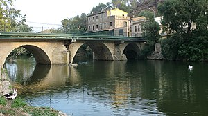 Pont de Molins - Old bridge and Muga river