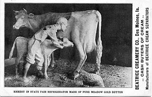 Iowa State Fair - John K. Daniels' butter cow at the 1911 Iowa State Fair.