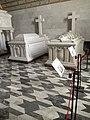 Primer camara panteon infantes ,sarcofagos del Infante Alfonso,Duque de Calabriay de su madre Maria de las Mercedes de Borbón.jpg