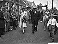 Prinses Beatrix bezoekt zeilwedstrijden op de Langweerderwielen te Langweer, Bestanddeelnr 910-6337.jpg