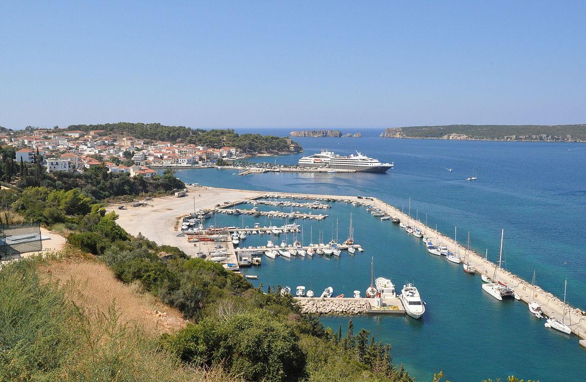 Methoni Peloponnese Travel Guide