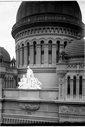 Queen Victoria Building - Domes of the QVB and marble sculpture by William Priestly MacIntosh (Perier).