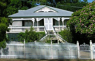 Queenslander (architecture) - A high-set Victorian era Queenslander with large veranda