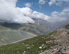 Rainbow from Rohtang pass road, 2.jpg