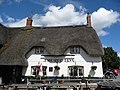 Red Lion in Avebury 01.jpg