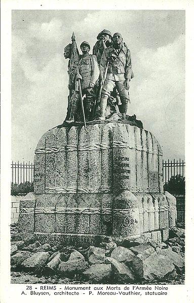 Le monument aux Héros de l'Armée Noire(1924) à Reims