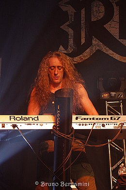 Rhapsody Of Fire (7491314086).jpg