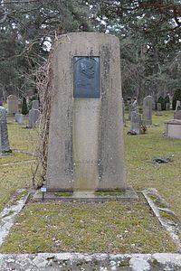 Richard Anderssons gravsten.jpg