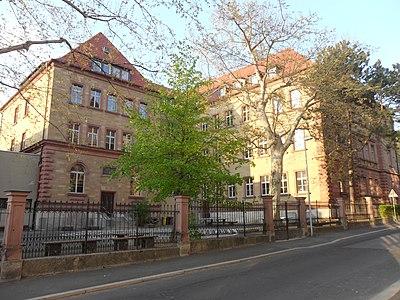Riemenschneider Gymnasium Würzburg 02.JPG