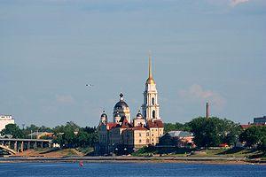 Вид на Рыбинск с теплохода