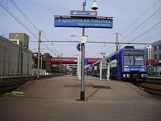 Saint-Quentin-en-Yvelines–Montigny-le-Bretonneux station - Image: SQY Gare 5