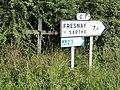 Saint-Christophe-du-Jambet (Sarthe) croix de chemin C7.jpg