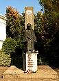 Sarkad 2013, II. Világháborús emlékmű, (Búza Barna, 1990).jpg